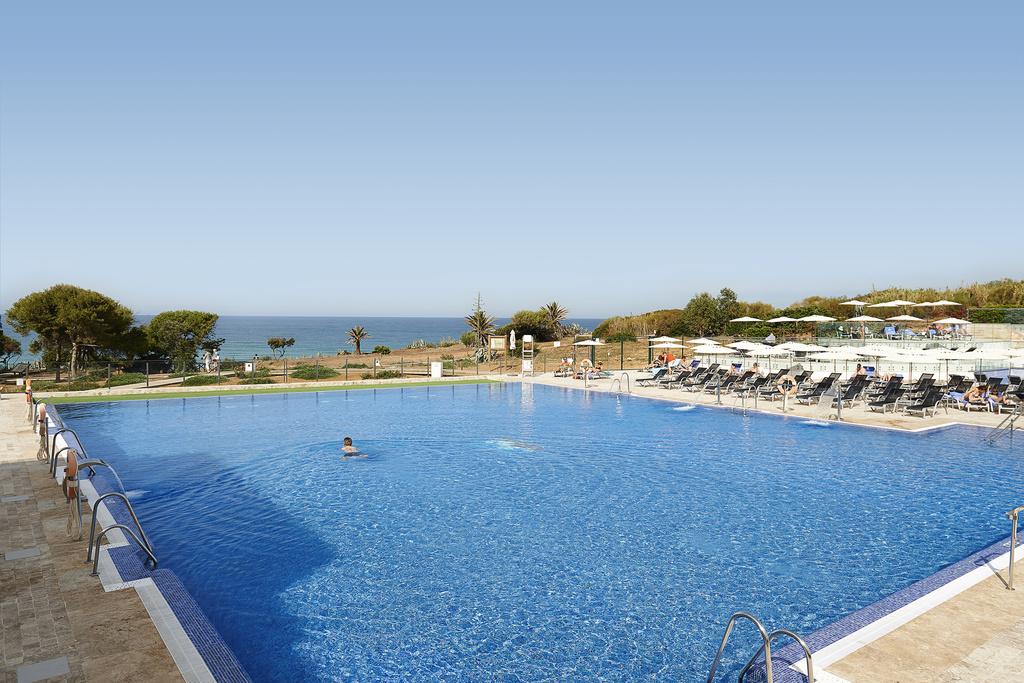 piscina_hipotels
