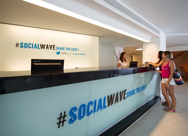 lobby_solwave
