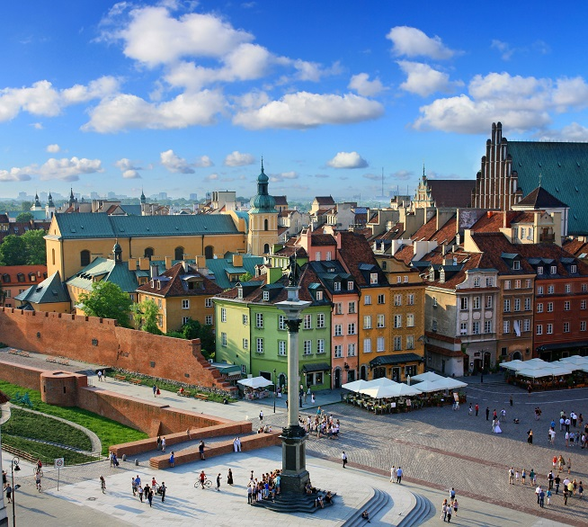 Warsaws Castle Square (Polish: plac Zamkowy w Warszawie) is a historic square in front of the Royal Castle – the former official residence of Polish monarchs – located in Warsaw, Poland. It is a popular meeting place for tourists and locals. The Square (in a more or less triangular shape) features the landmark Sigismunds Column to the south-west, and is surrounded by historic townhouses. It marks the beginning of the bustling Royal Route extending to the south.
