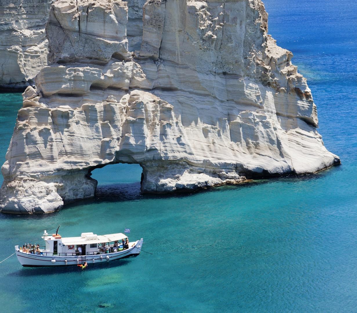 Milos or Melos (/ˈmɛlɒsˌ -oʊsˌ ˈmiːlɒs, -loʊs/ Modern Greek: Μήλος [ˈmilos] Ancient Greek: Μῆλος Melos) is a volcanic Greek island in the Aegean Sea, just north of the Sea of Crete. Milos is the southwesternmost island in the Cyclades group.